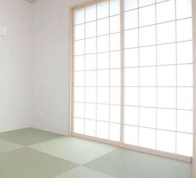 和室 癒しな障子付きで長持ちの材料使用の畳です