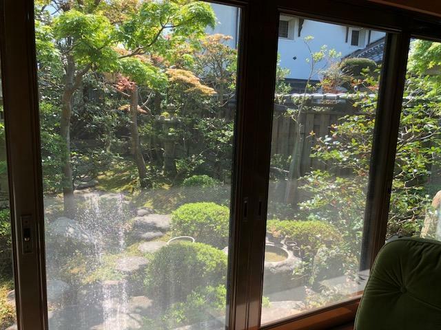 眺望 縁側から見る庭