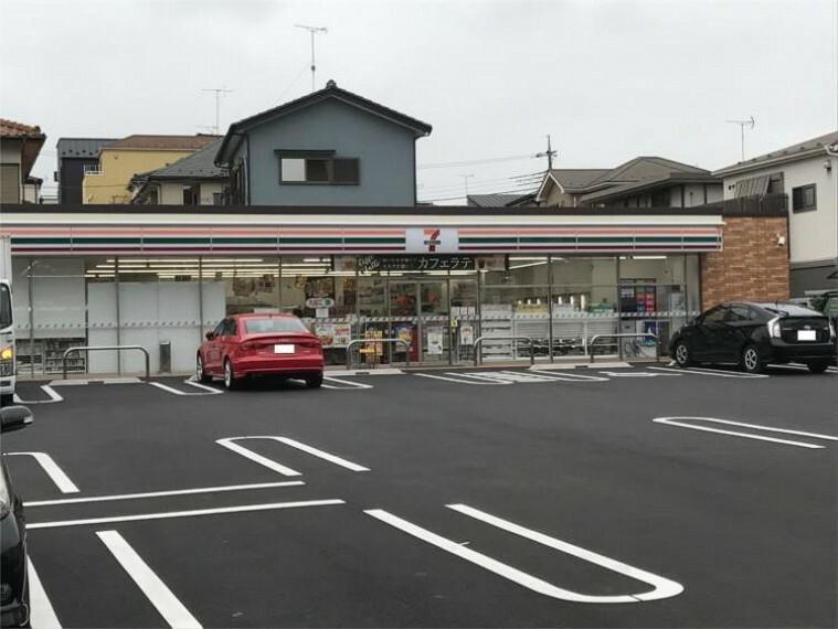 コンビニ セブン-イレブン さいたま櫛引町2丁目店