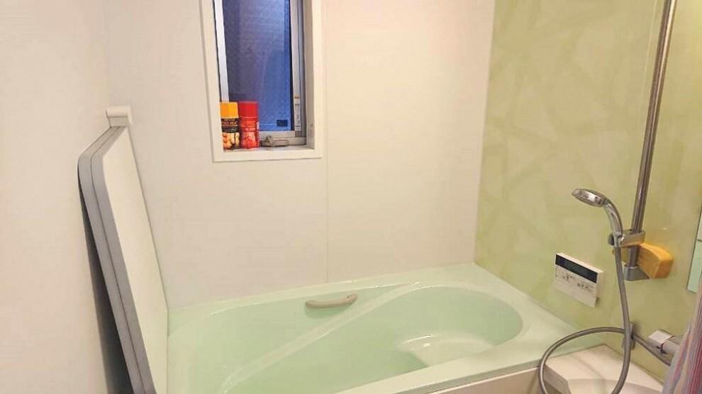 浴室 窓があるだけでお風呂のカビお掃除がラクラク