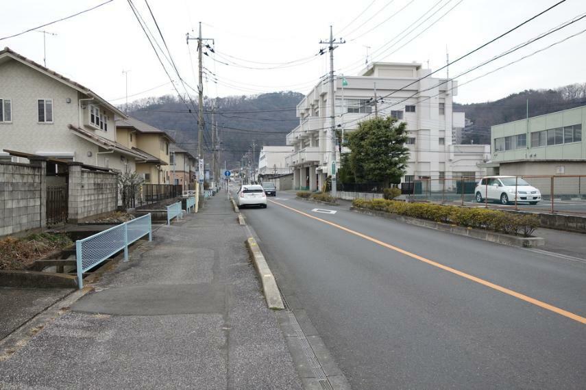 現況写真 前面道路も広々!