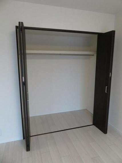 収納 洋室6帖の収納スペース