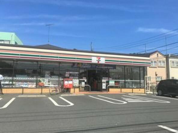 コンビニ 【コンビニエンスストア】セブンイレブン 座間入谷5丁目店まで711m