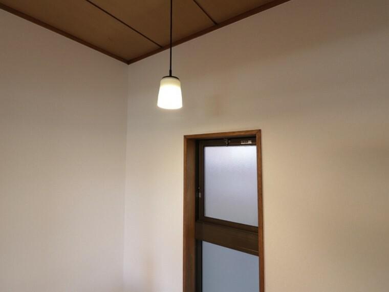 外観・現況 本邸宅はアンティークな設備を多数残してます。ぜひ現地でご覧ください。