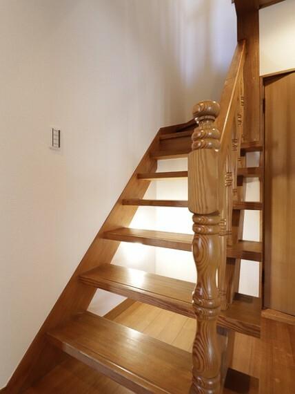 古き良き日本の「匠」が詰まった本邸宅は、これからの日常を期待させてくれるでしょう。
