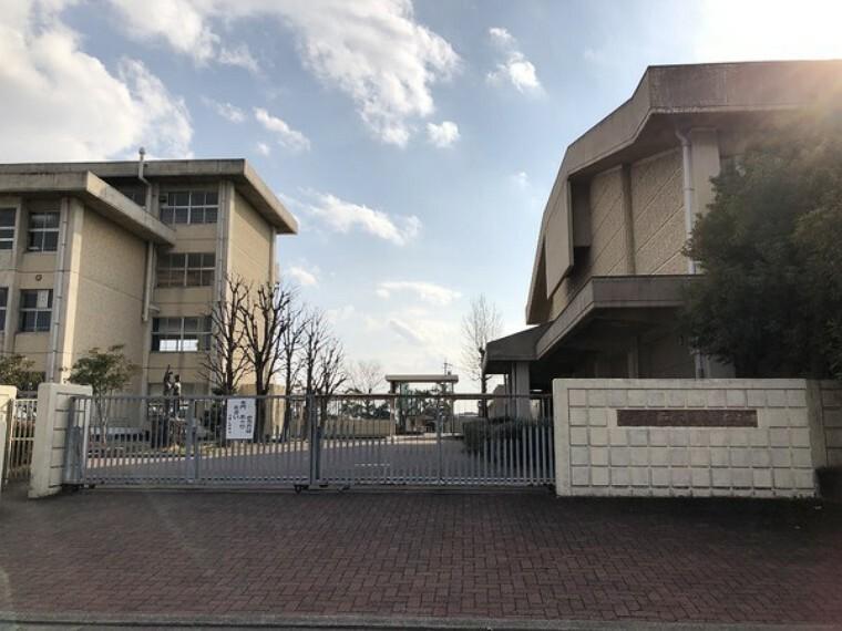 中学校 稲沢市立大里東中学校