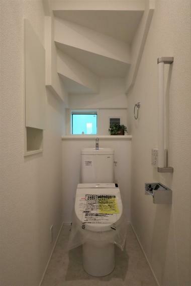 トイレ 【1号棟】温水洗浄機能付き便座(1F、2F)