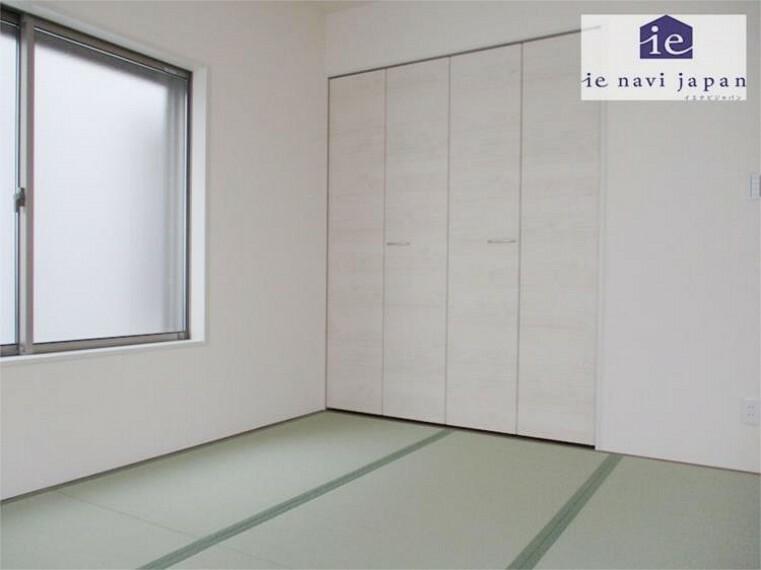 1階和室の押し入れはゲスト用・季節のお布団も余裕の収納力!