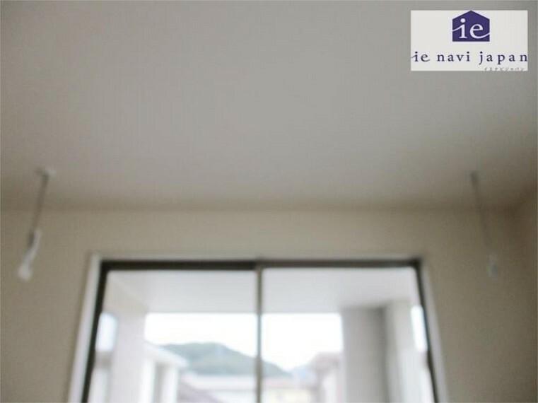 外観・現況 主寝室・居室1 ホスクリーンはインナーバルコニーとWでママのミカタ!