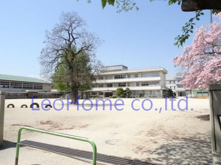 小学校 【小学校】安中市立 安中小学校まで2640m