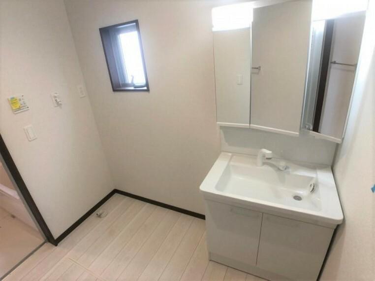 同仕様写真(内観) 同社施工例日々のお洗濯スペース