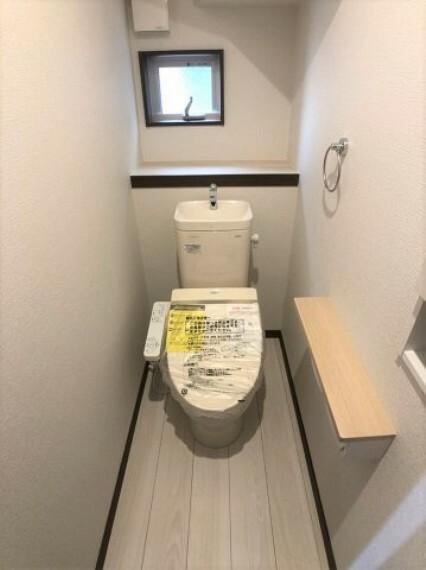 同仕様写真(内観) 同社施工例シャワートイレ