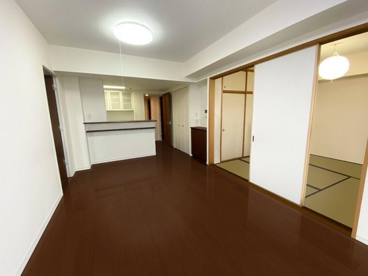 居間・リビング 日当たり・通風良好のリビングです! ※CG処理にて家具を消しております。