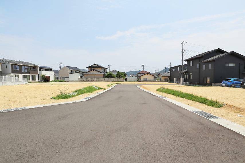 現況写真 【前面道路】南側幅員約6m公道