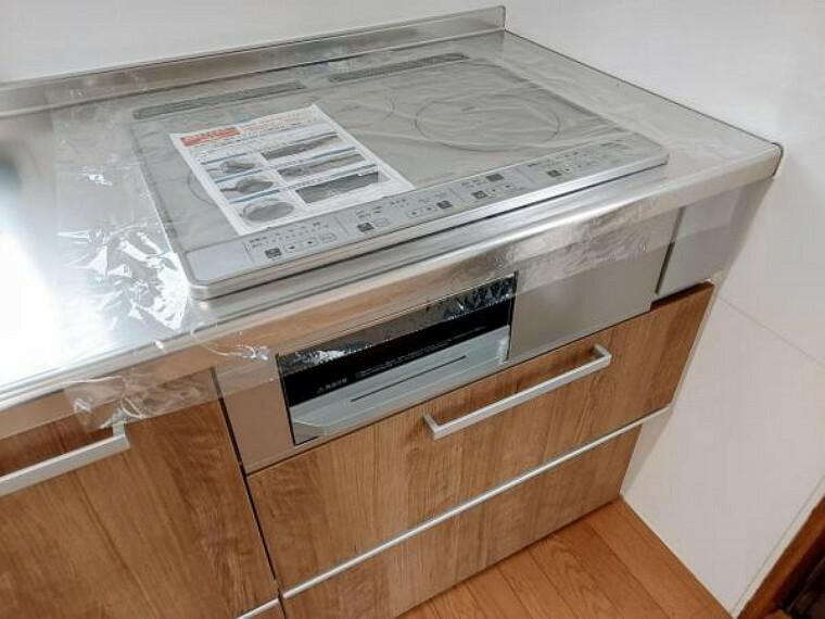キッチン お掃除のしやすいIHクッキングヒーター