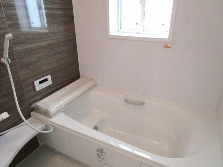浴室 落ち着いた雰囲気でゆっくりお寛ぎいただけるバスルーム