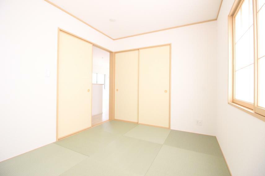和室 畳の上でゆっくりとくつろげる和室です 同社施工例