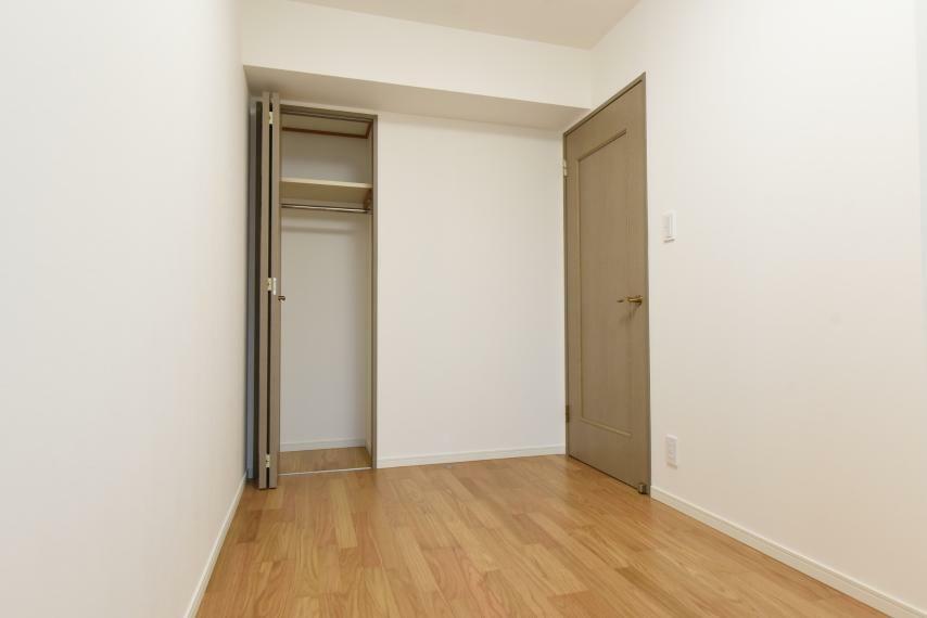 子供部屋 収納完備!お部屋がすっきり片付きます。