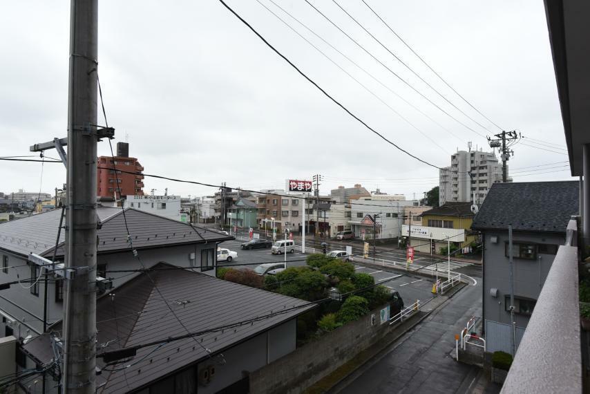 眺望 隣接した高層の建物がなく陽当たり・風通しも良好!