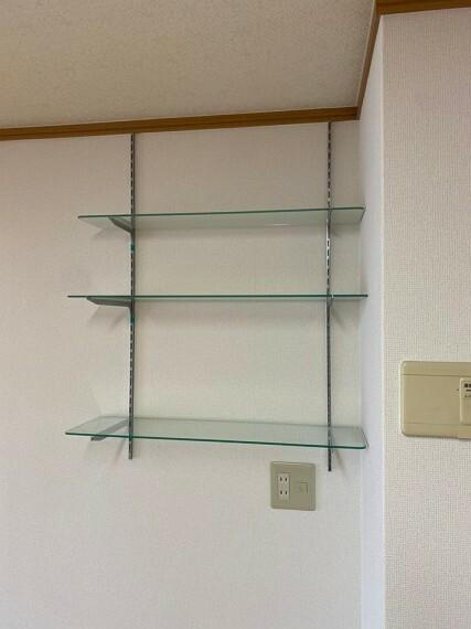 収納 リビング横の収納スペースです。 ご趣味の物や、帽子、インテリアなど幅広くお使い頂けます!