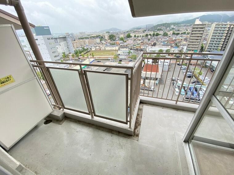 バルコニー 最上階ですので、通風・日当たり・眺望良好です!