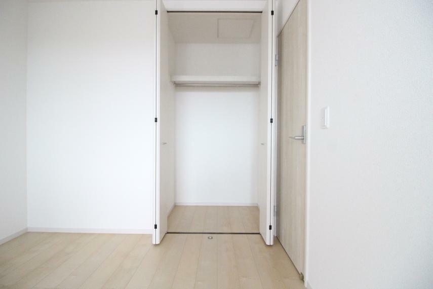 収納 洋室 6.0帖の洋室です クローゼットがありますので収納に便利 同社施工例