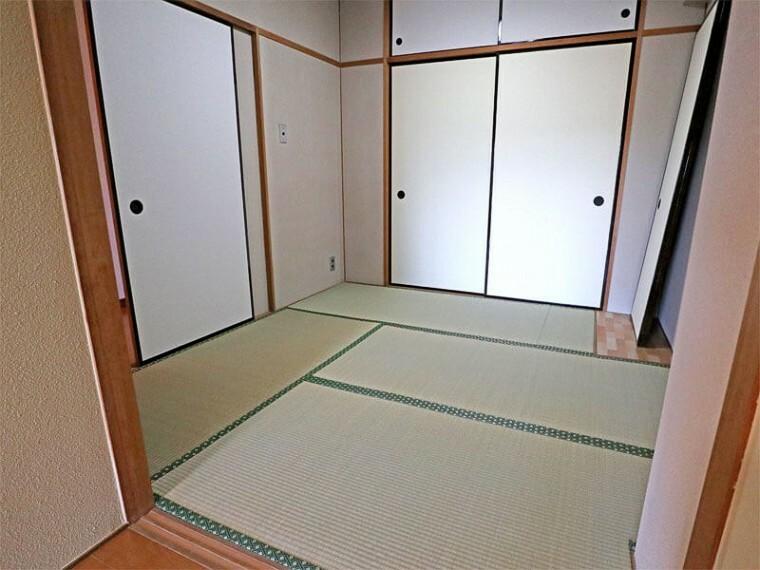 居間・リビング 4.5畳の和室