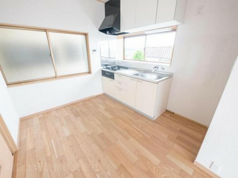 キッチン 【キッチン】スペースを広く取ったキッチンはお料理がはかどります
