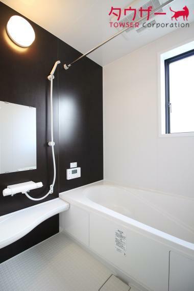 浴室 日々の暮らしに欠かせないお風呂です(^^)/ 足が伸ばせる広々の湯船です 同社施工例