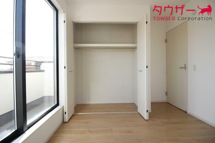 収納 子供部屋 6.0帖の子供部屋です 大容量のクローゼットもついています 同社施工例