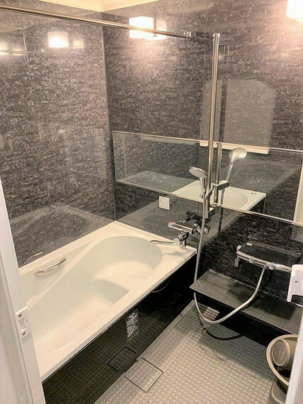 高級感漂う内装の浴室は、2020年1月に交換済。