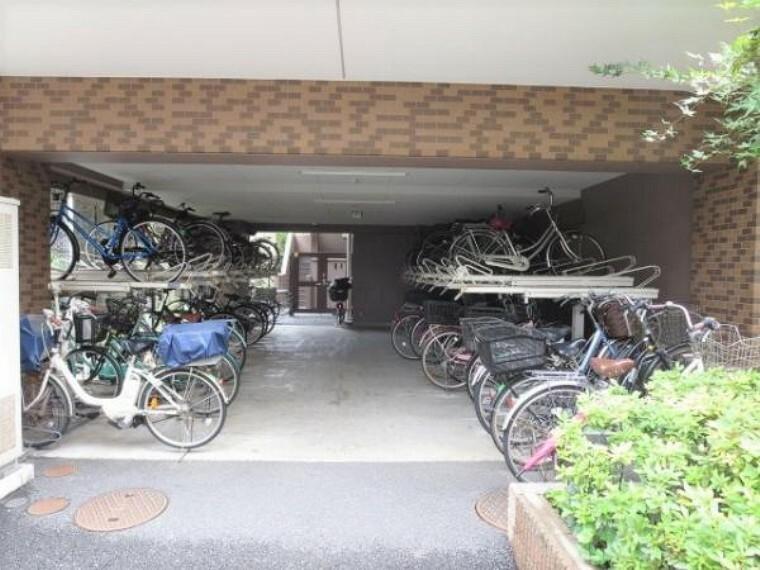 駐輪場 駐輪場