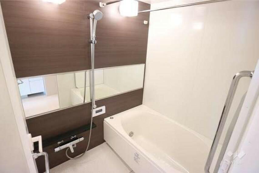 現況写真 浴室[2021年8月6日撮影]