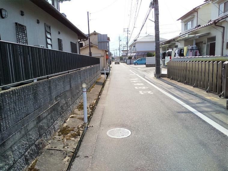 現況写真 最寄りバス停まで徒歩3分!