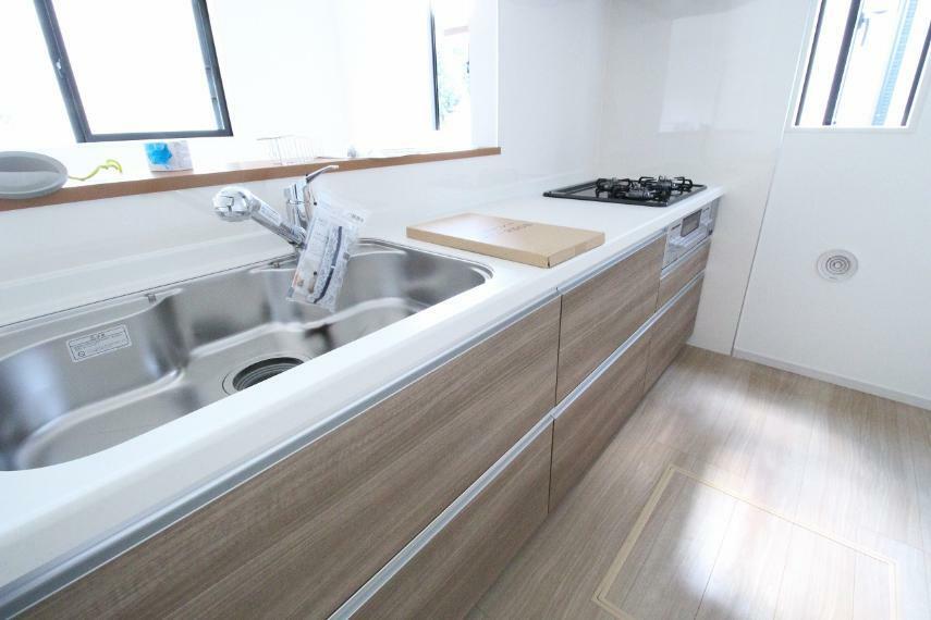 キッチン 淡い色合いの優しい雰囲気のキッチンです!