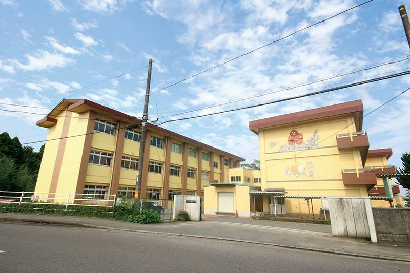 小学校 由布市立挾間小学校 大分県由布市挾間町向原89