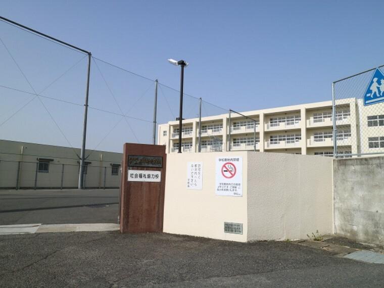 中学校 北九州市立上津役中学校