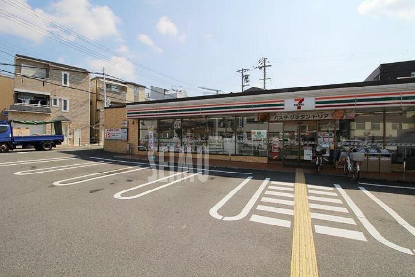 コンビニ 【コンビニエンスストア】セブンイレブン大阪今福南1丁目店まで522m