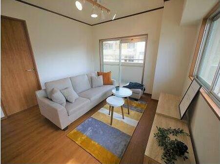 リビングダイニング お部屋の雰囲気に合った家具付き!