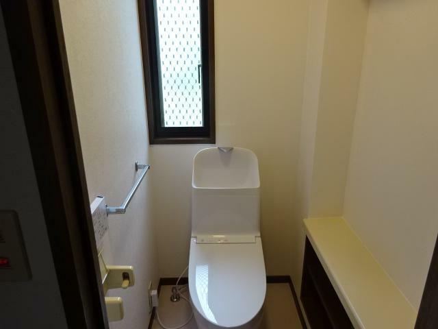 トイレ 新品の1階トイレ