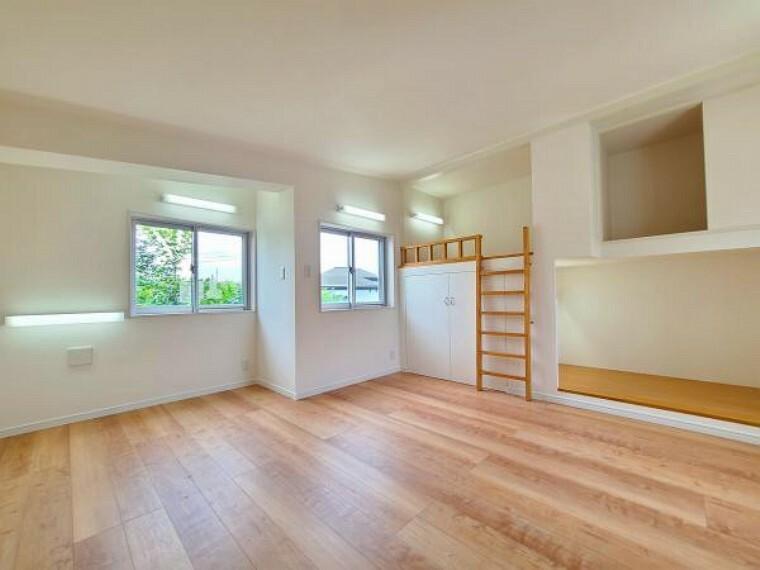 洋室 3階洋室は収納スペースが充実!