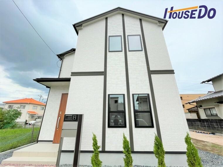 現況外観写真 西バイパス迄のアクセス良好! 4LDK・オール電化住宅が登場です!