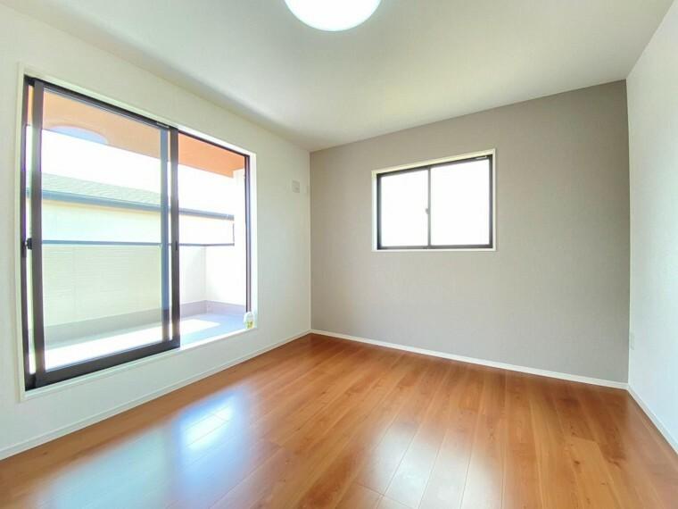 洋室 全ての居室でペアガラスを採用。お家の断熱性能を向上させ、どこのお部屋でも快適に過ごせます!