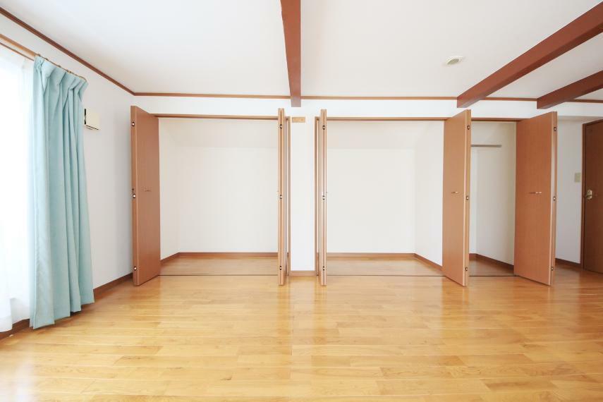 収納 3階洋室12.75帖 収納スペース充実!お部屋を広く使えます。