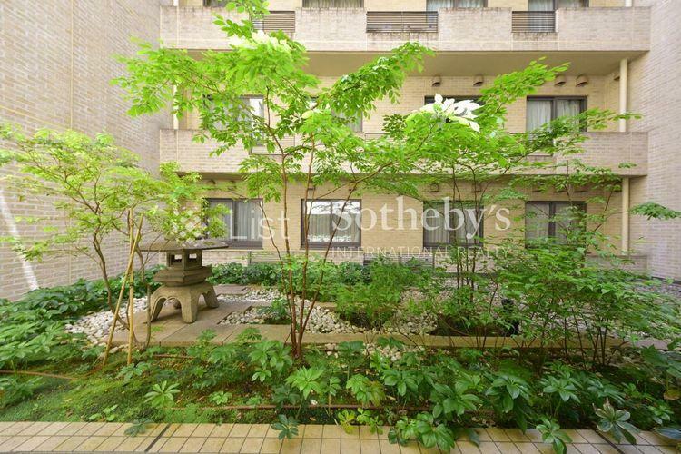 Garden 美しい自然と共に暮らしながら都心の利便性も享受できる高級レジデンス