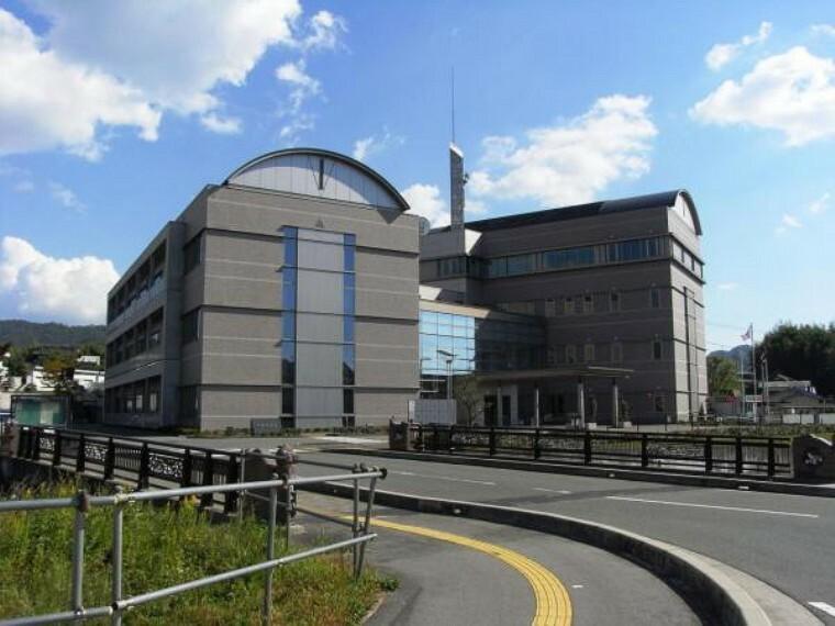 役所 熊野町役場
