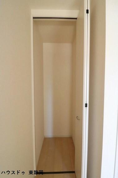 収納 2階廊下収納