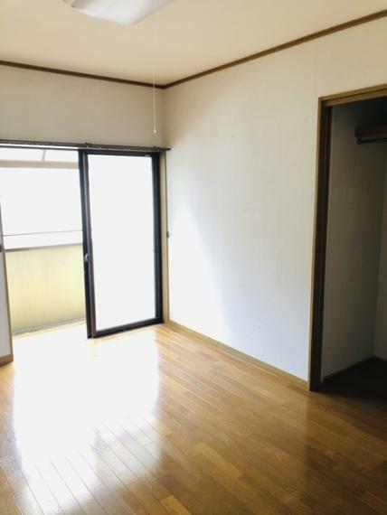 子供部屋 2F6帖洋室(中)