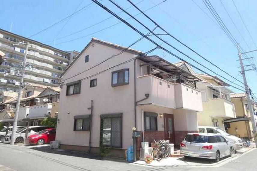 外観写真 物件外観(南西側から)2003年築の築浅中古戸建。大阪モノレール線摂津駅徒歩7分の便利な立地です