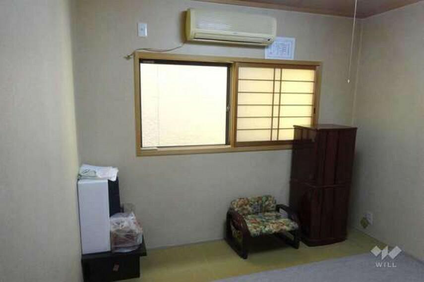 和室。来客や、親戚ご友人を宿泊させたりするのに使うと便利です。収納スペースとして使うのも良いです。
